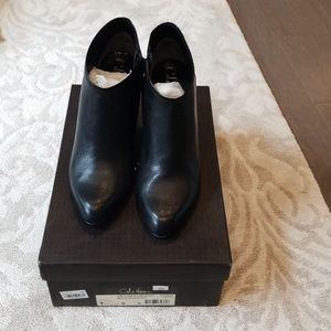 Cole haan air clair short boot size 8